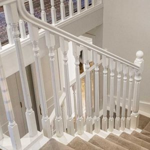 Simple and elegant white staircase design